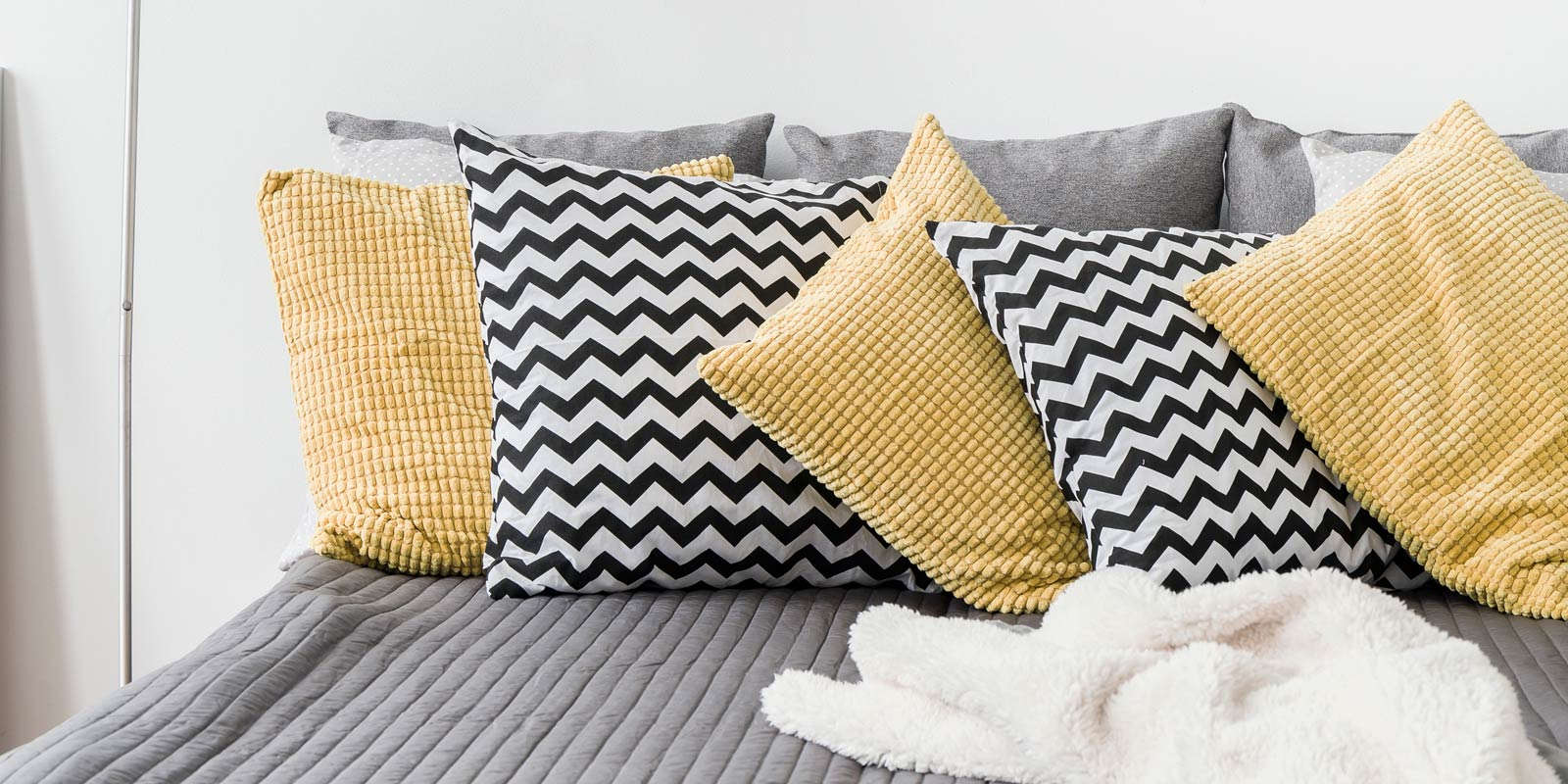 Decorative Cushions For Bedrooms : Decorative cushions for the bedroom Australia Simply Cushions