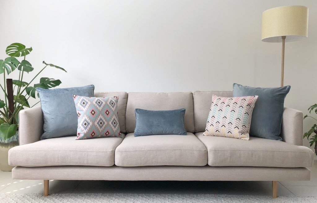 How Many Cushions Should You Put On A Sofa Australia Simply Cushions